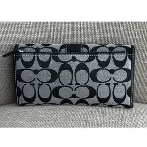 Coach Bags - Coach Signature Stripe Credit Card Snap Wallet